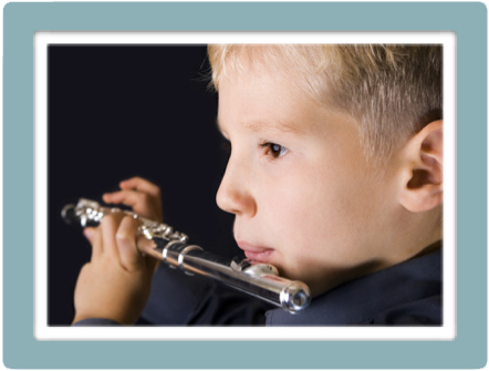 Small flute boy wblue boarder